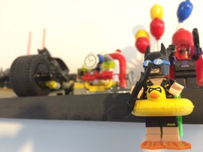 Lego Minifigure Wall Stand (option 2: back space x 1)