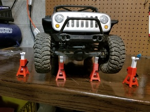 Functioning 1/10 Scale RC Jack Stand