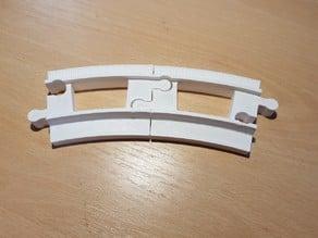 LEGO Duplo train track: curved (half size)