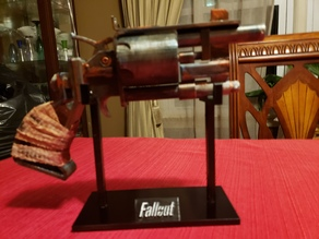 Fallout Pistol Display Stand