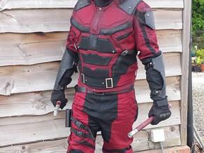 Netflix Daredevil suit details