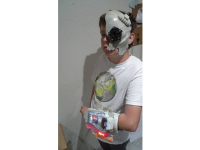Bryces Gauntlet and Cyborg Mask