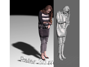 3d scan woman with bag
