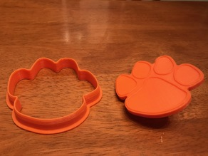 cookie cutter - tiger paw