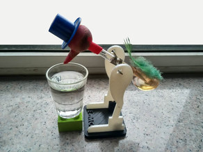 Drinking bird,Einstein also surprised toys