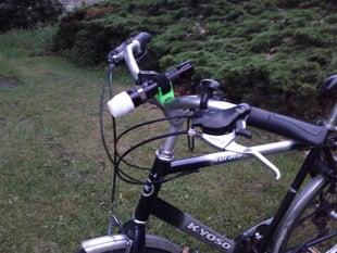 Bicycle flashlight mount (customizable)