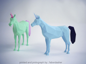 Low Poly Unicorn V.2