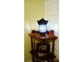 GOTHIC LANTERN WITH LED LIGHT AND CHAIN