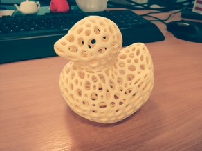 Rubber Duck - Voronoi Style - (with Flat base)