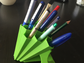 Telescopic Honeycomb pen-holder