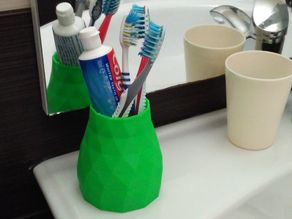Low Poly Toothbrush & Toothpaste Holder