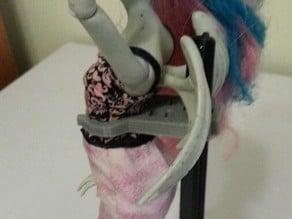 Monster High doll clip