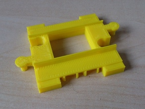 Half length Duplo compatible straight train track rails