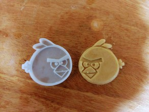 ANGRY BIRD COOKIE MOULD / CUTTER