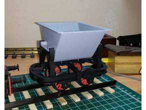 Tipping car for G-scale railway