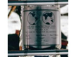 Apollo 11 Luna Lander Plaque