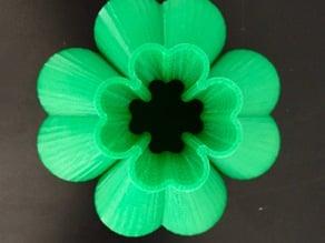 Lucky 4 Leaf Clover Sine Vase