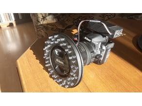 Nikon D3100 + Nikorr AF-S 18-200mm f/3,5-5,6G DX VR II 72mm