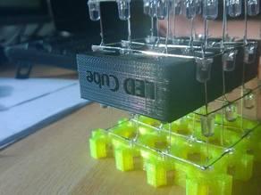 LED-Cube vertical soldering help