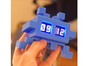 Desktop Invader #1 // Invader Clock