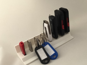 USB holder for 8 memory sticks