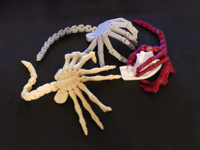 Flexi-Facehugger