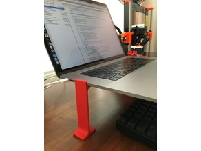 Macbook Pro Minimal Stand