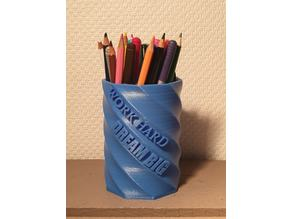 "Pen holder ""Work hard, dream big"""