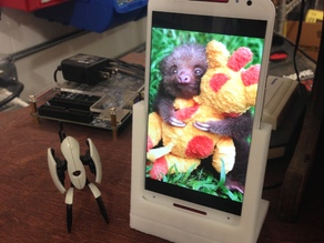 Moto X 2nd Gen Phone Stand