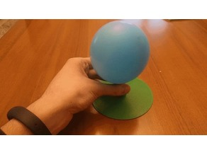 Zero-friction baloon powered hovercraft