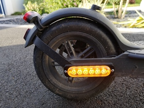 Xiaomi M365 rear blinkers adapter