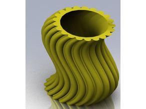 wavy thing vase