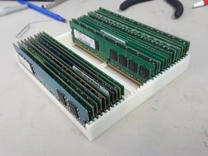 Desktop RAM Stand