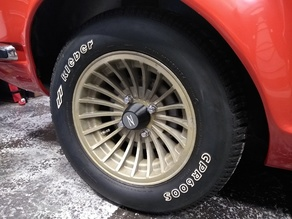 Datsun 240z Wheel caps and Logo