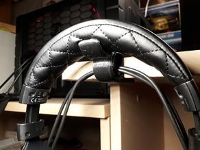 Headphones desk hook