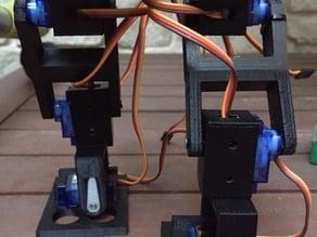 Robot bipedo con 13 servos 9g   //Biped robot with 13 9G servos