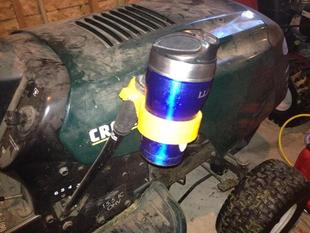 Lawn tractor cupholder Mark II