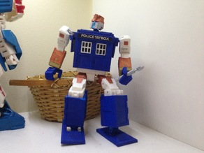 Revised Parts for Nonnef's TARDIS Transformer (at 75% Scale)