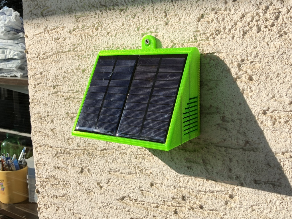 SOLAR POWERED WIFI WEATHER STATION by Stevetecx - Thingiverse