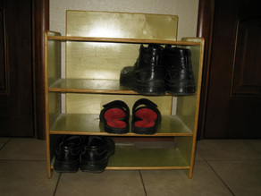 Shoe stand