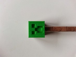 Minecraft Creeper Pencil Top