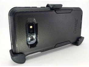 Galaxy S10e OtterBox belt clip