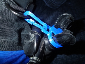Scuba spare regulator holder