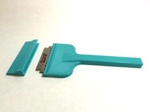 razor blade scraper with cover