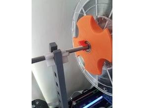 Quick change filament spool clips