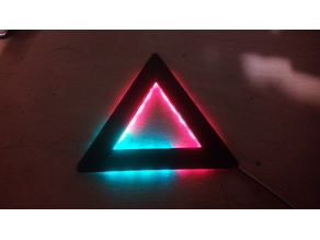TechNiColor-Triangle (18 Pixels)