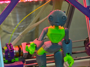 Jointed Robot By Shira_easy print and glue version