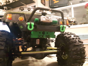 SCX10 bumper raiser fixed