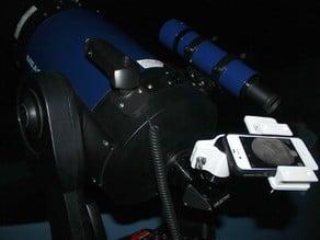 Universal telescope eyepiece smartphone mount