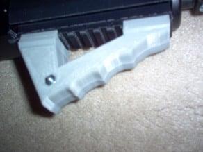 Angled Rail Grip